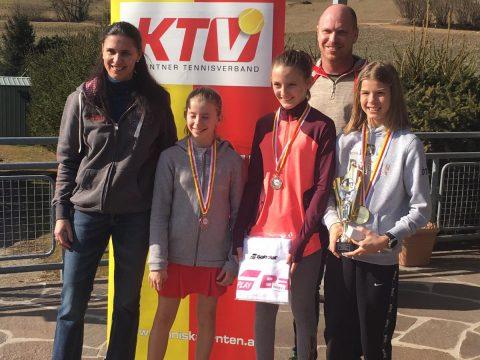 Lilli, Lisa und Lena die 3 erst Platzierten mit Turnierleitern